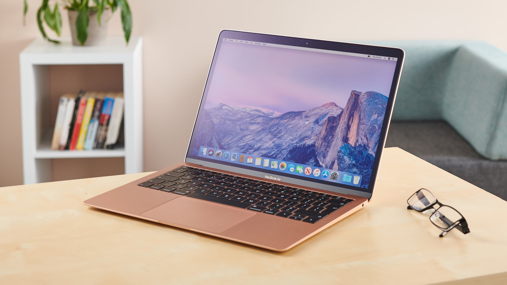 Everything You Should Know While Going to Buy Apple MacBook Air