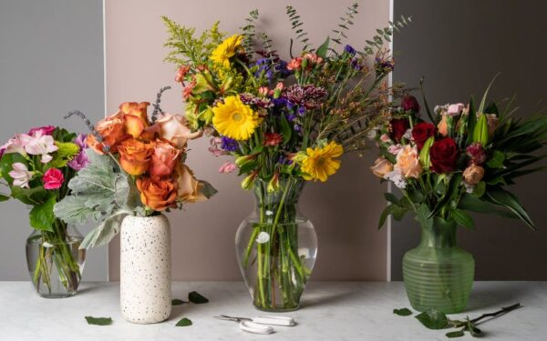 Top 4 Flower Arrangements To Decorate Your Place On Your Special Occasions