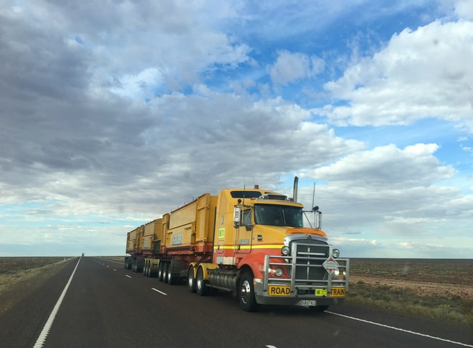 3 Secrets to Success of a Trucking Business
