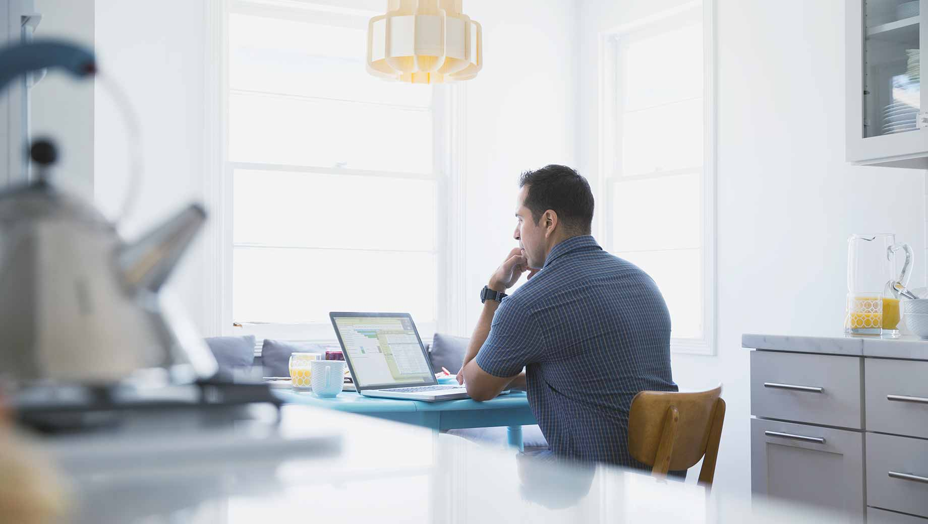 Remote Hiring: The Benefits, Challenges Faced, and Hiring Strategy