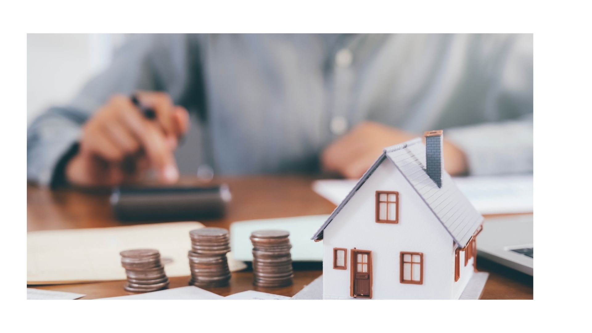 Reasons to Focus on Loan Against Property Interest Rates and Tenor When Taking a Loan