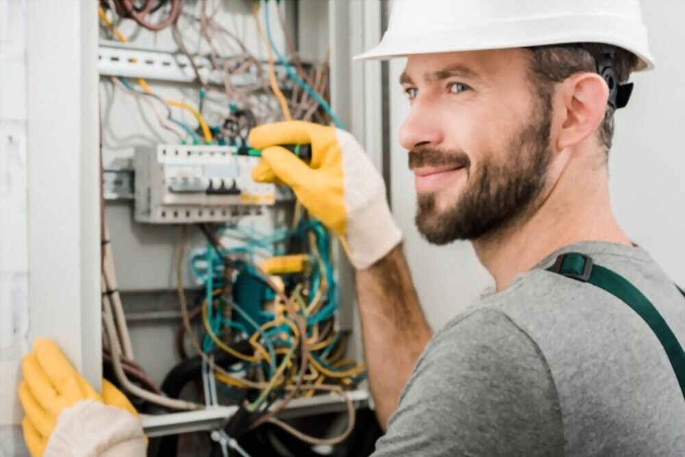 Do you need emergency electrician service? Where to look for?